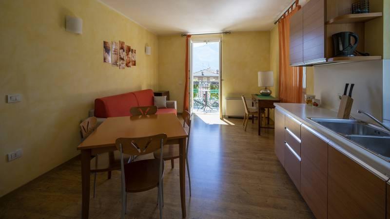 Villa-Bellaria-Bed-and-Breakfast-Riva-del-Garda-apartment-2-DSC0677