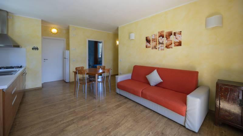 Villa-Bellaria-Bed-and-Breakfast-Riva-del-Garda-apartment-1-DSC0684